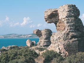 Karabiga Priapos Kent Kalıntıları